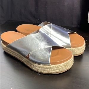 Shoes - Silver Platform sandals